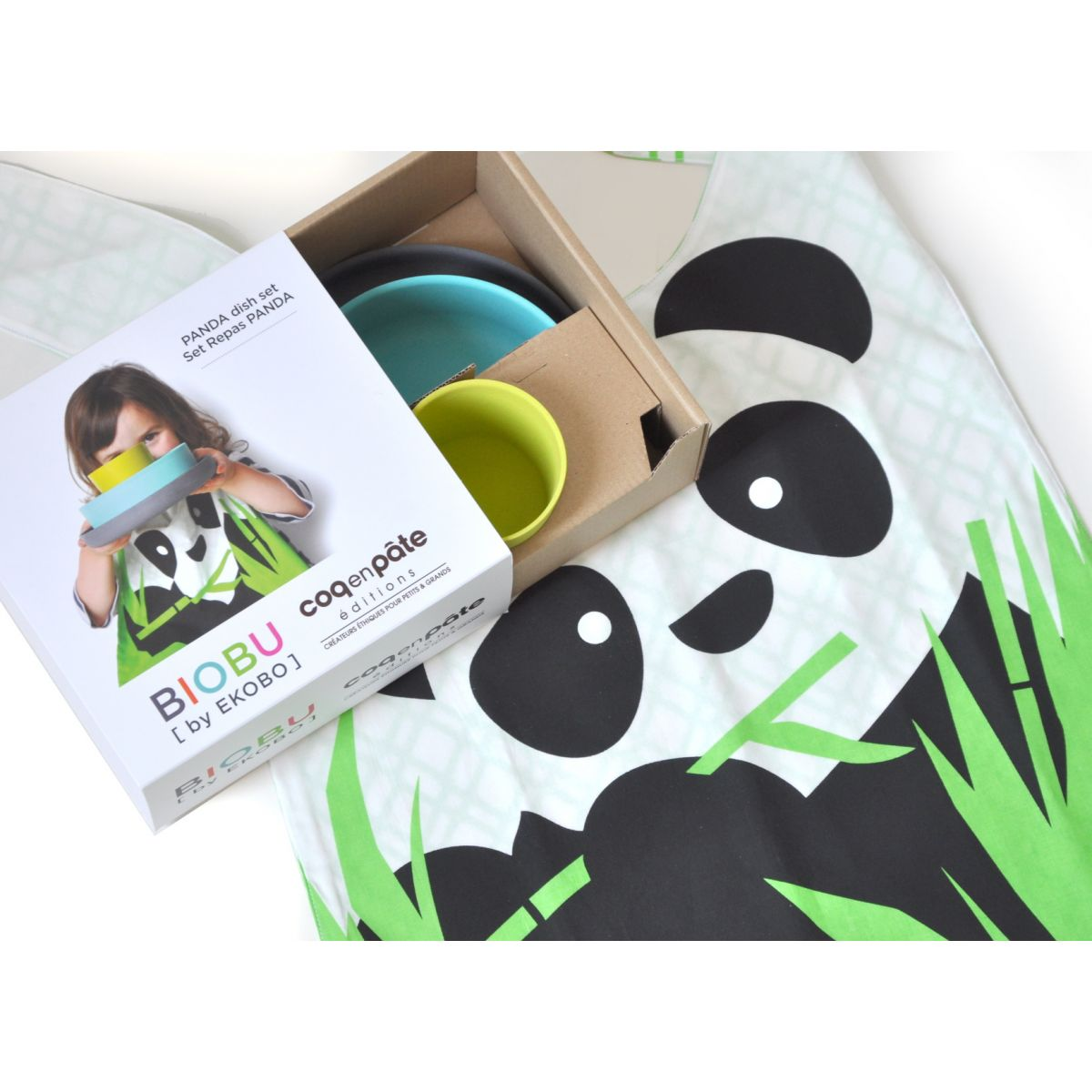 set de vaisselle panda en fibre de bambou biod gradable. Black Bedroom Furniture Sets. Home Design Ideas