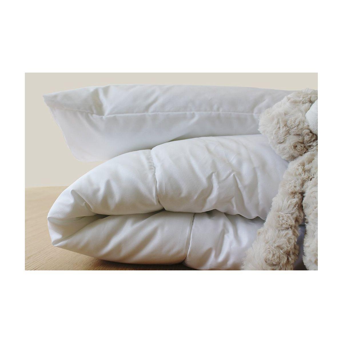 couette duvet plumes de canard 100x140 cm sebio. Black Bedroom Furniture Sets. Home Design Ideas