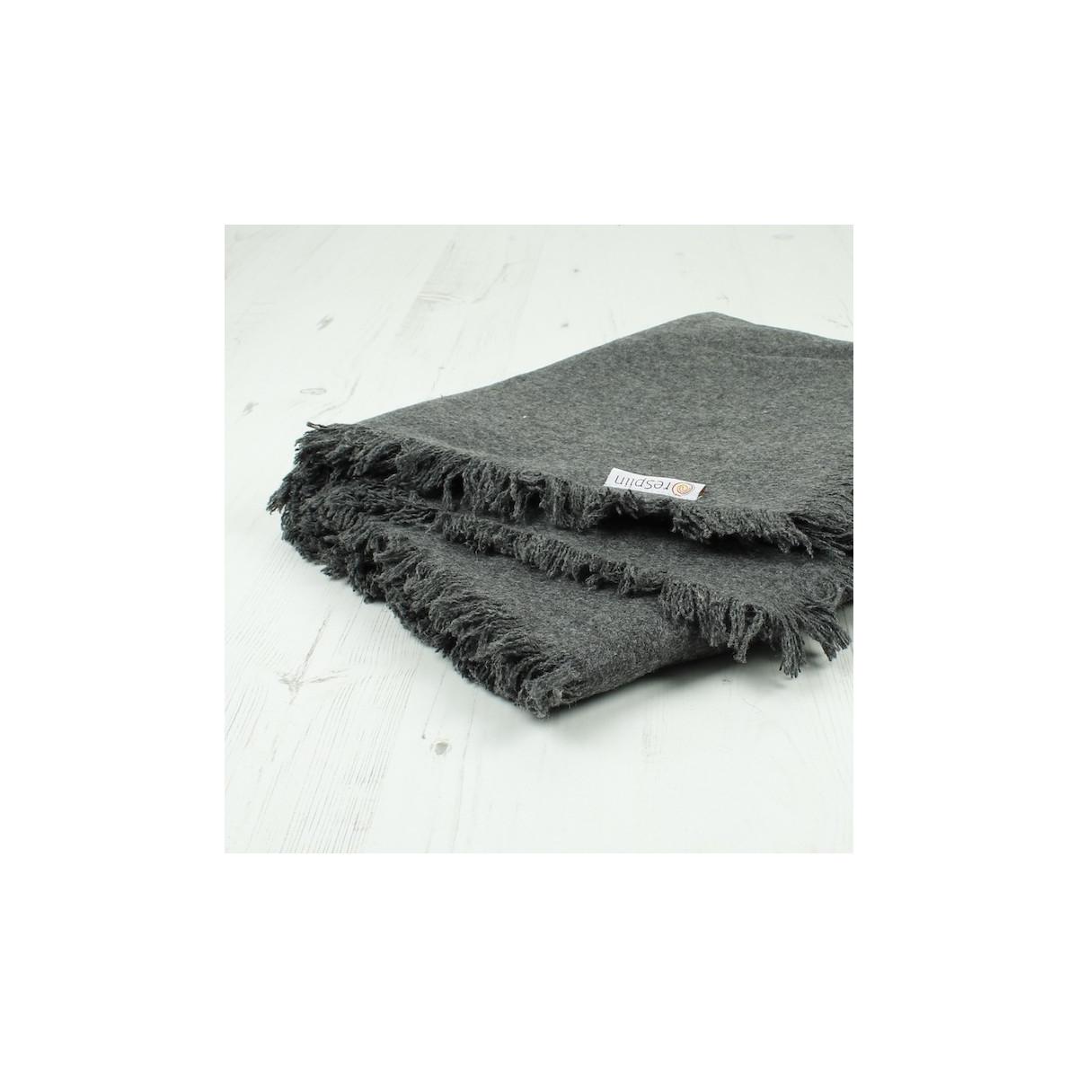 40229b709538 Couverture   plaid en laine recyclée Gris foncé - 130 x 170 cm - SeBio