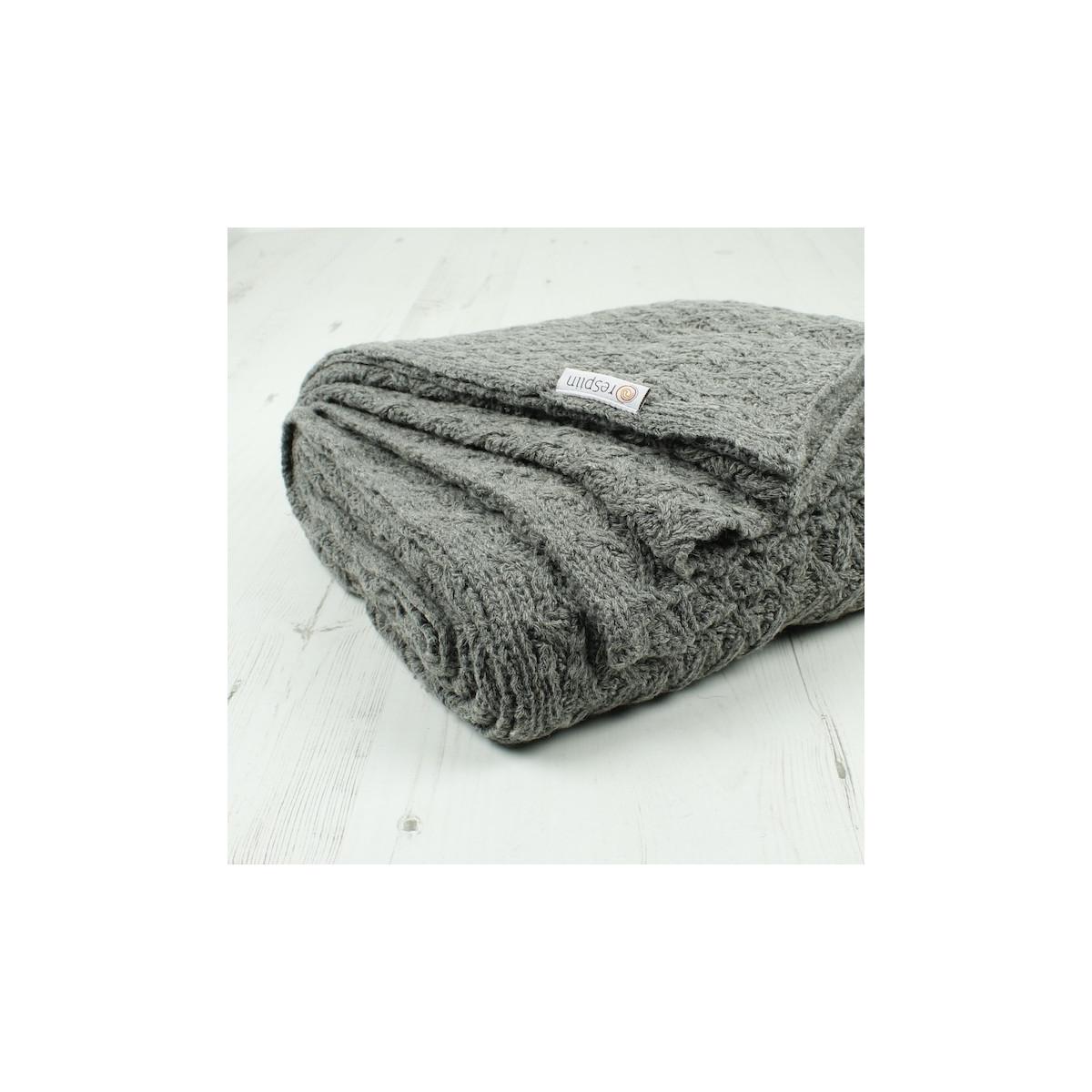 73e347552ba5 Couverture tricotée en laine recyclée Gris clair - 130 x 170 cm - SeBio