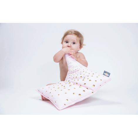 Coussin bébé en coton Bio 30 x 37 cm Rose